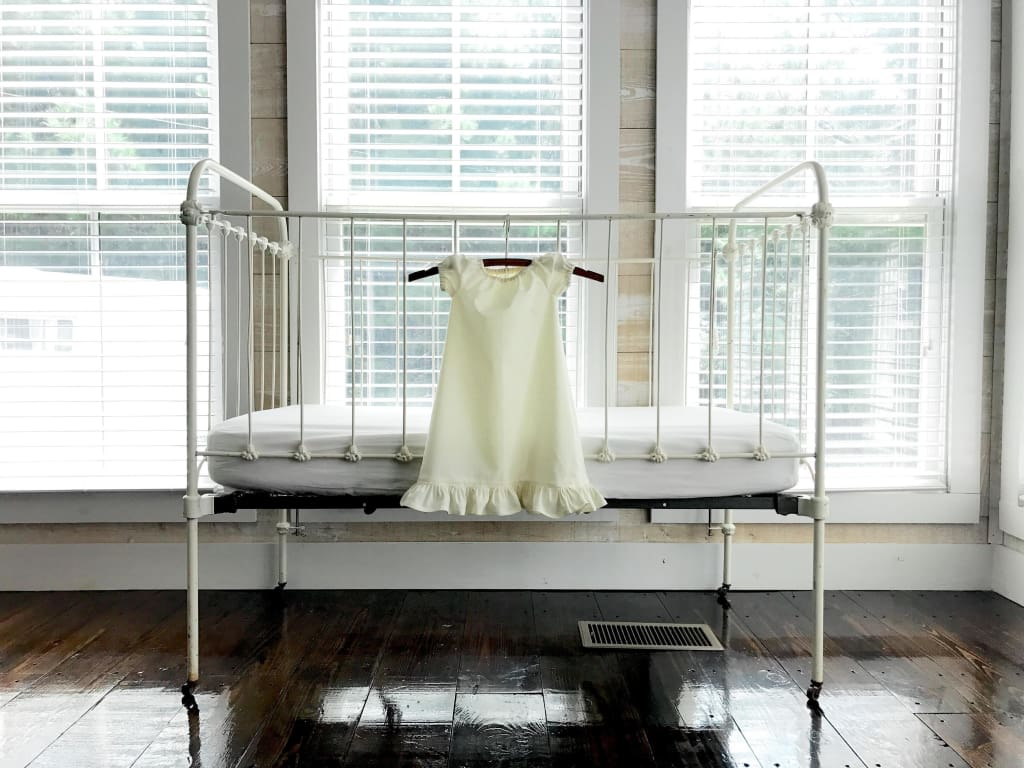 Ivory | Newborn Daygown