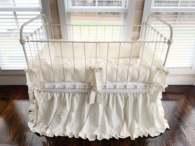 Porcelain | Ruffled Crib Bedding Set