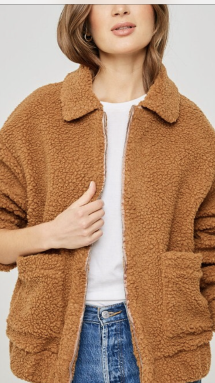 Teddy Sherpa Jacket in Camel