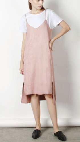 Suede dress in blush