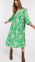 Quincy Floral Midi Dress // Green