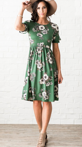 Nessa floral dress in emerald