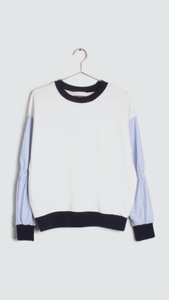 Sweatshirt with contrasting striped sleeves