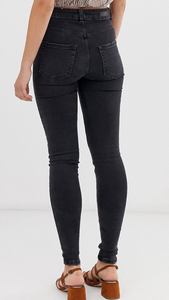 High Rise Skinny Jeans In Vintage Black