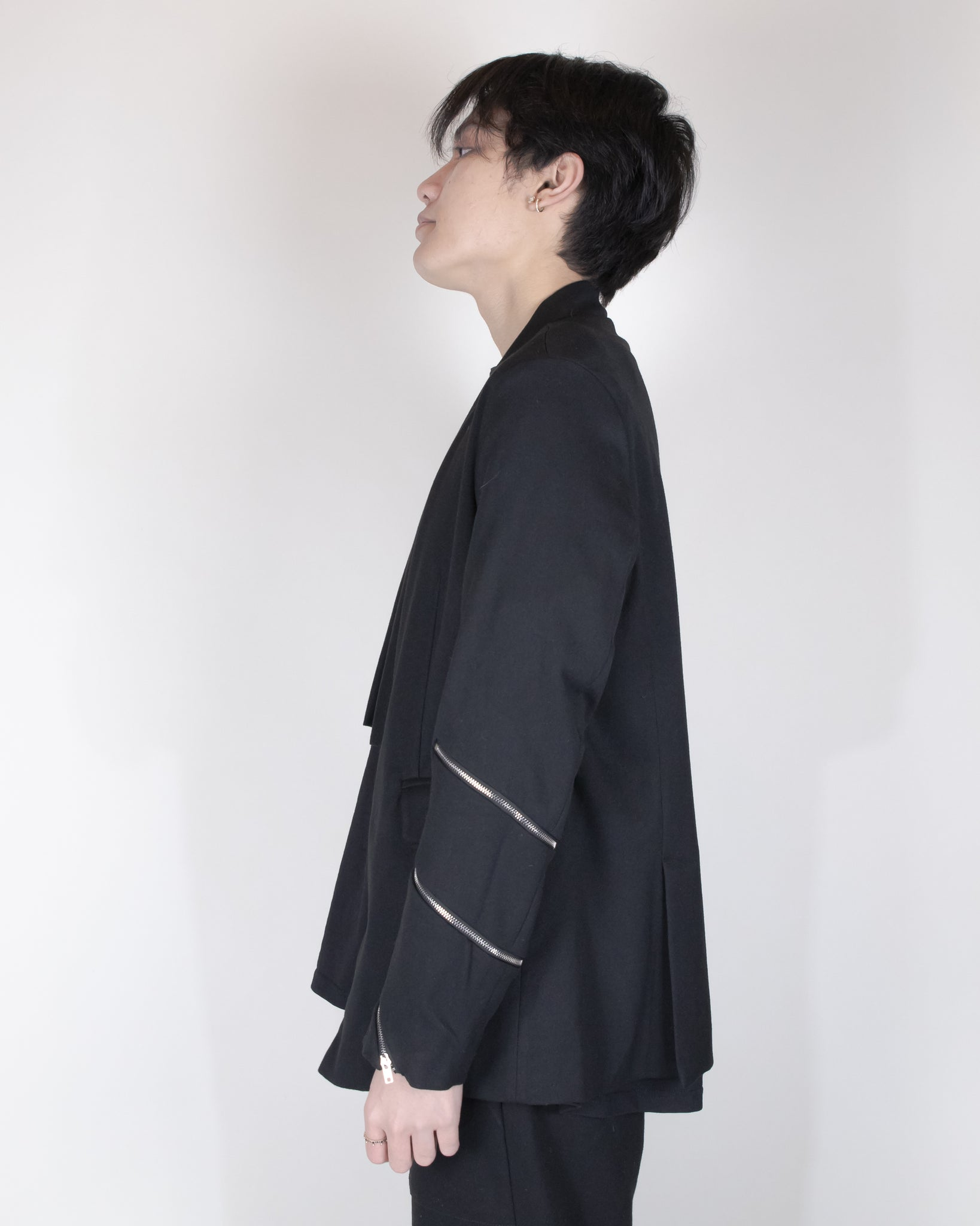 Unnecessary Cropped Tailored Kimono Blazer