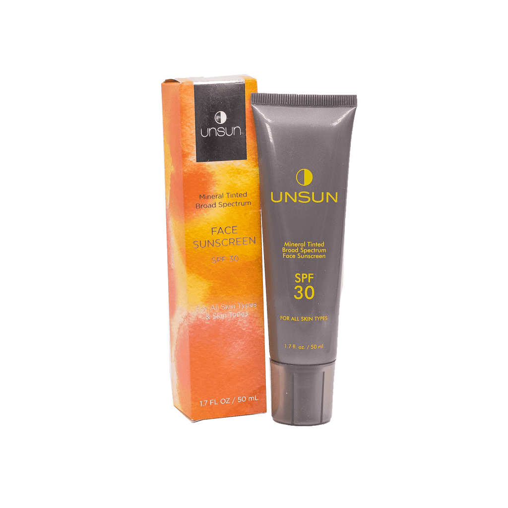 Tinted mineral sunscreen blends evenly on the skin with no white residue or film. SPF30