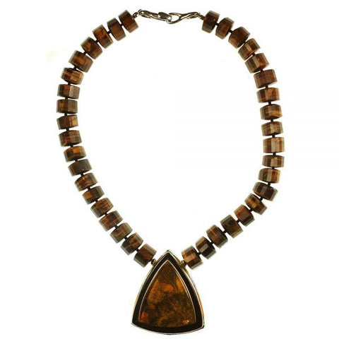 Agate necklace with border inlay stones by Charveaux