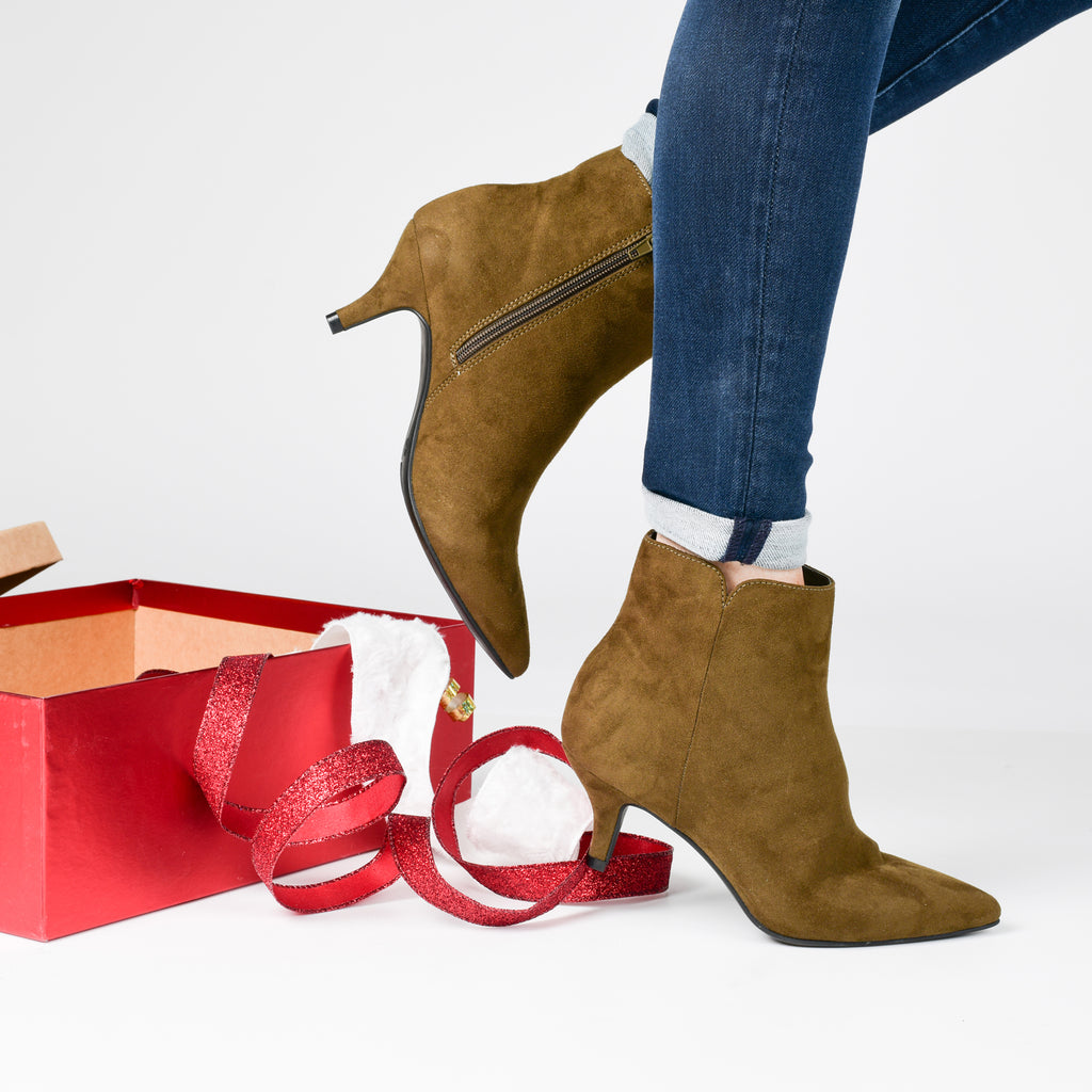 Gift Guide + Our Favorite Styles