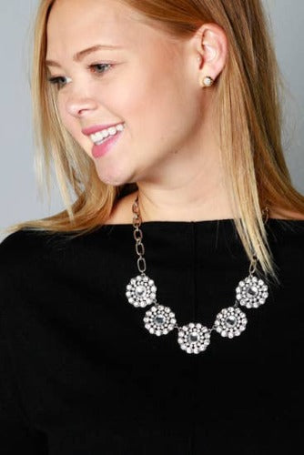 Aubrey Statement Necklace - Inward Beauty Boutique