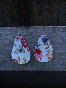Small Teardrop Earrings - Inward Beauty Boutique