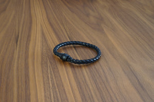 Davido Afnani Leather Bracelet Black Round