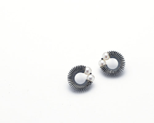 Freshwater Pearl Post Earrings - Lireille