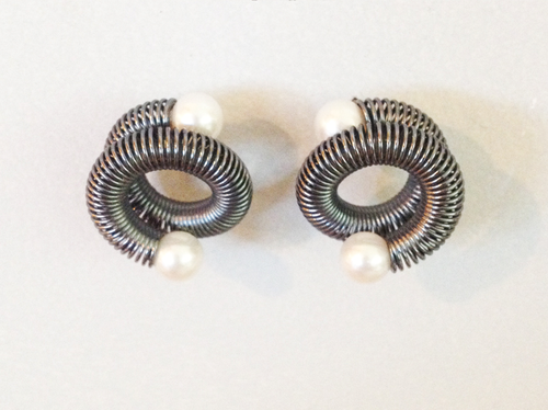 Freshwater Pearls Post Earrings