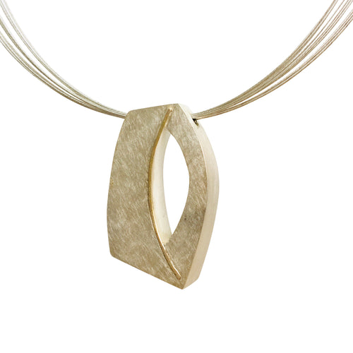 "Trompe l'oeil ellipse necklace with 16"" cable friction clasp"
