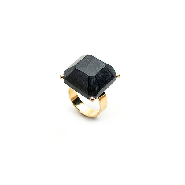 Black Gold Cropped Emerald Ring - Lireille