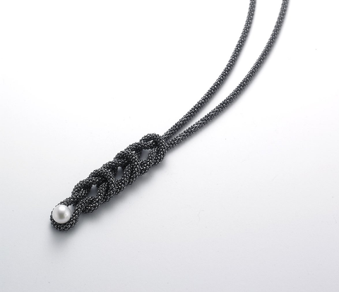 Elipse Necklace