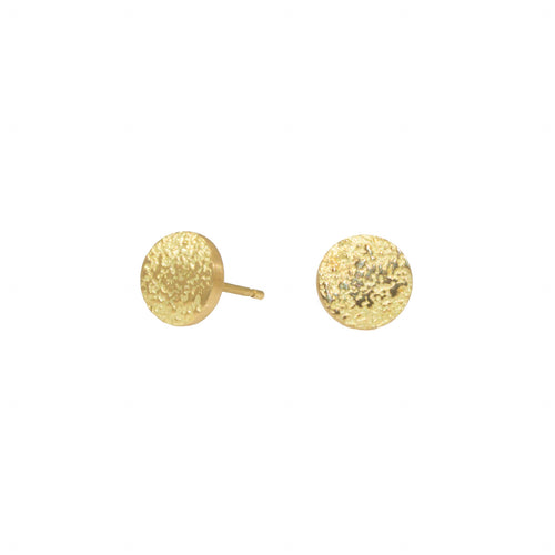 Sand Circle Post Earrings in 18k yellow gold