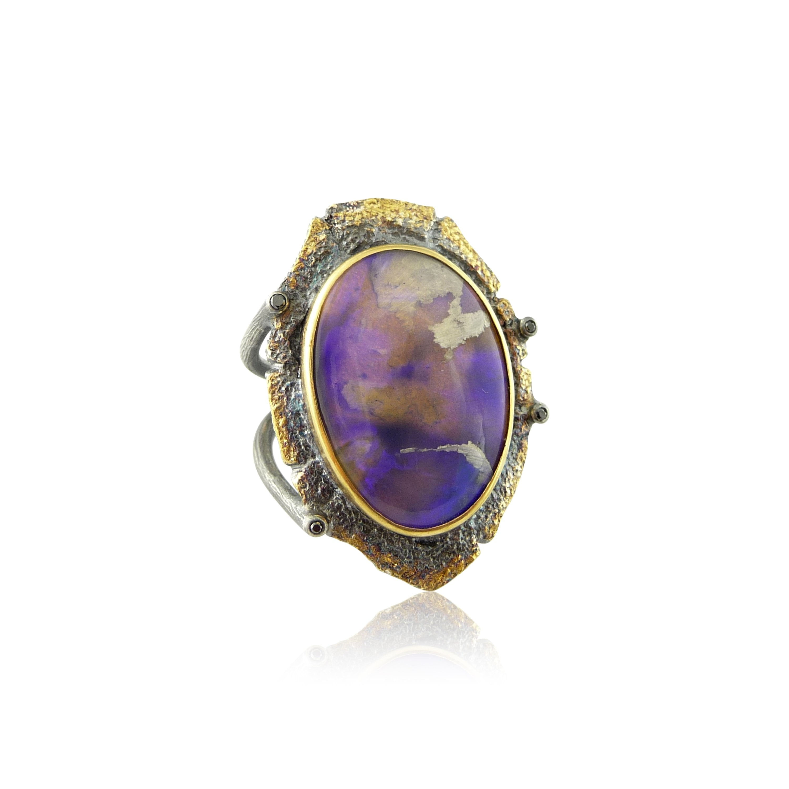 Shield Opal Gold Ring