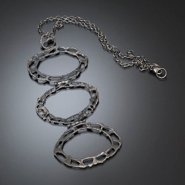 Three Hinged Oval Necklace