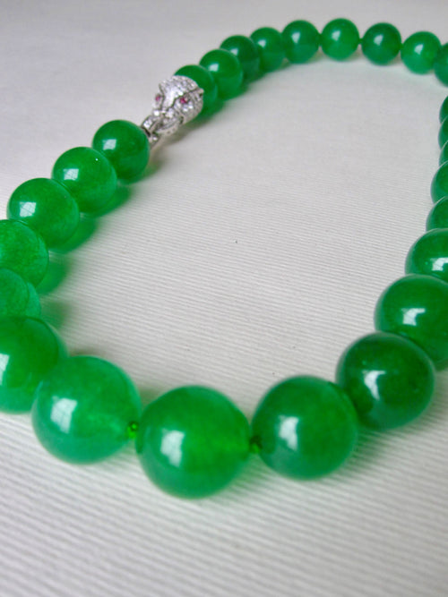 Round Jade Bead Choker Style Necklace