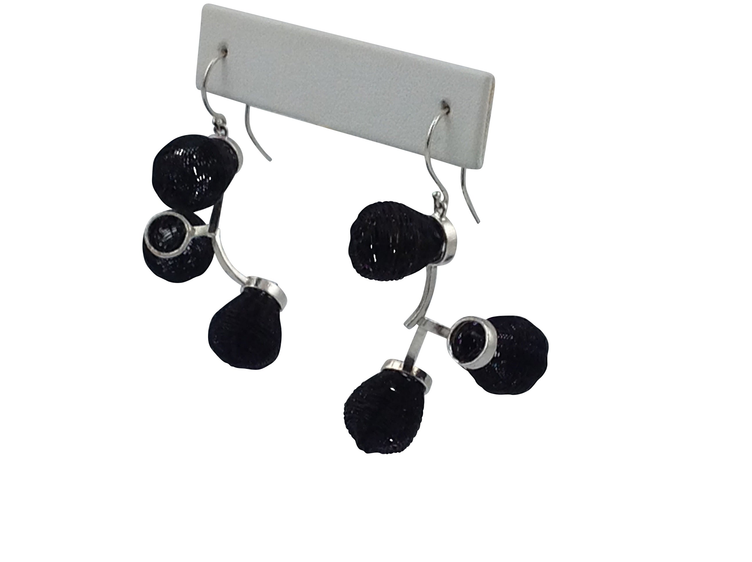 Black Globo Earring