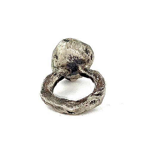 Sculptural Ring with steel setting