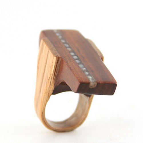 Mississippi Pearl Wood Ring