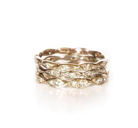 18k Gold and Diamond Wedding Band - Lireille