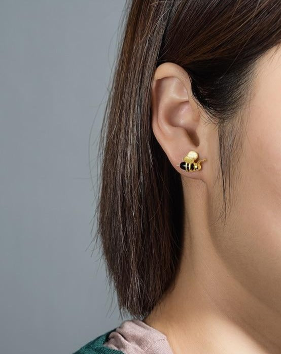 Handmade Unique fine bee and honey earring