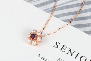 Unique Pendant gemstone necklace for stylish women