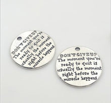 Don't give up, Inspirational quotes - Metal disc