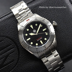 Amphion Commando No Date