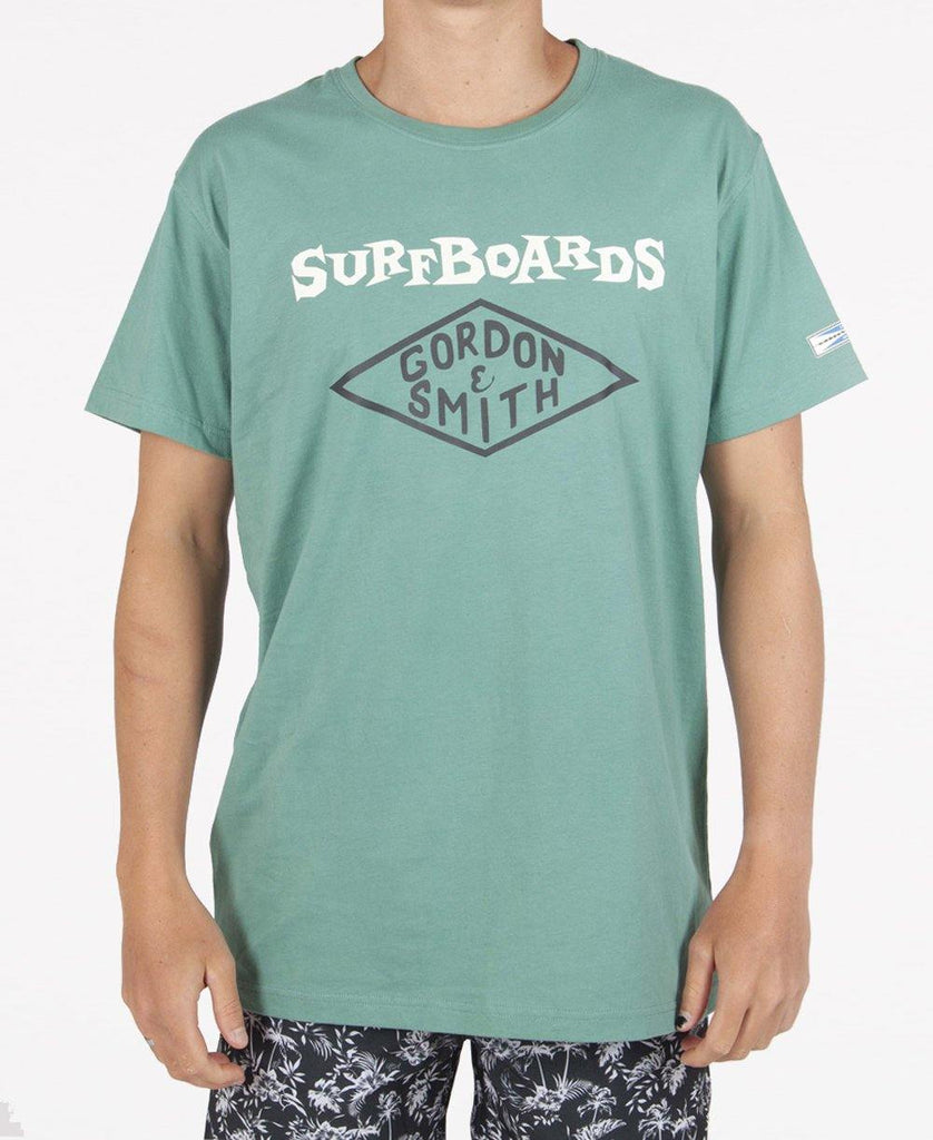 GS 59 Font Tee | Surf Green