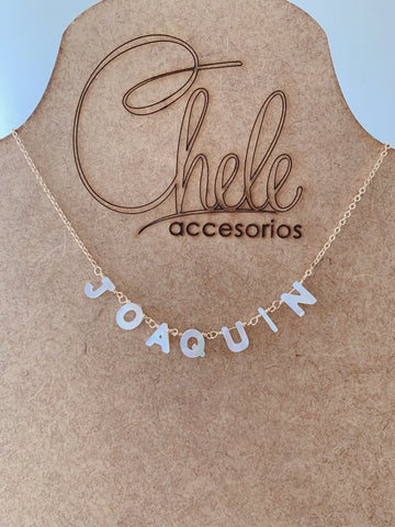 Shell name  or initial necklace - Cheleaccesorios