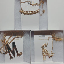 Load image into Gallery viewer, Custom name gold letters & pearls