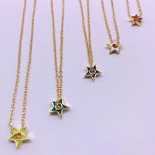Load image into Gallery viewer, Mini  colors star necklace