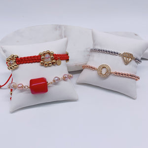 Set adjustable bracelets