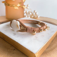 Load image into Gallery viewer, Leather metallic rose gold bracelet - Cheleaccesorios