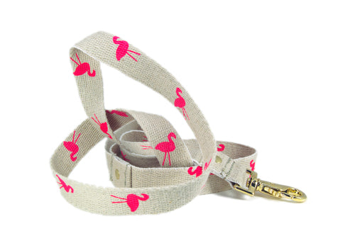 Lawn Flamingo Leash