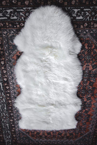 White Quartz Magic Carpet Rug 1.5