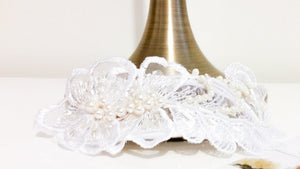 Ladies Swarovski Ivory Pearl and crystal guipure lace bridal headpiece