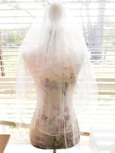 "Ladies Ivory 2 tier 45"" Fingertip tulle Bridal veil with ribbon edging"