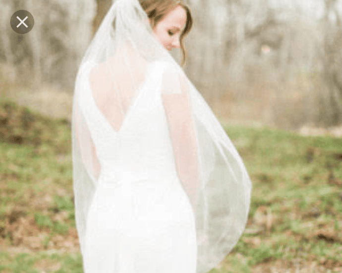 Fingertip White Tulle 1 tier veil