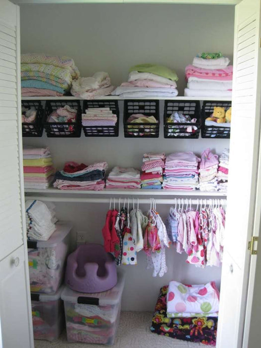 How to storage more cloth in laundry room