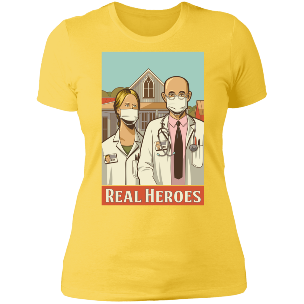 REAL HEROES Boyfriend T-Shirt