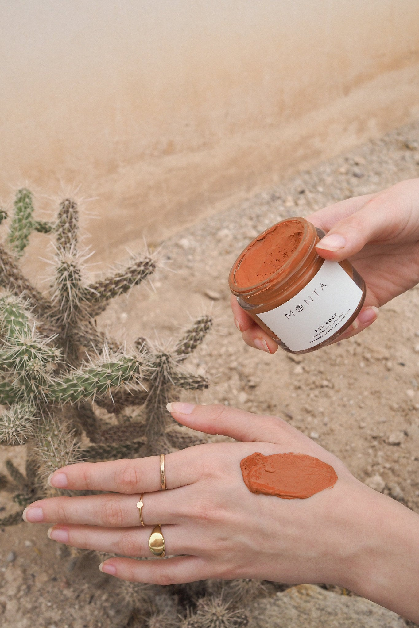 RED ROCK CLAY FACIAL MASK