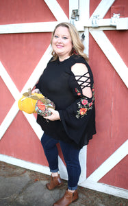 Mel's Western Flare Top