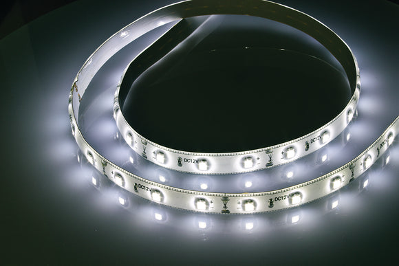 Led 2.4m modular strip lighting kit cool white