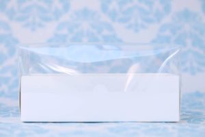 Clear Lid White Box (available in Bulk price)