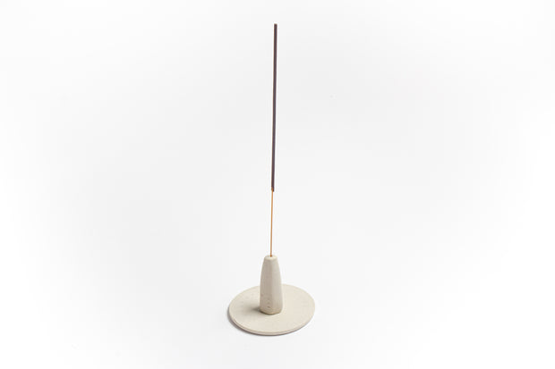 MAAPS Hand-thrown ceramic incense holder & dish - White